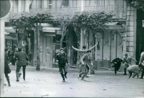 Violence during Algerian war in France.