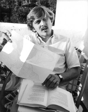 David Edward Leslie Hemmings with a book.