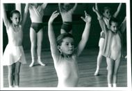 Budding ballerinas make the most of expert tuition