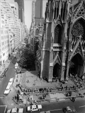 People in queue to enter in Saint Patrick's Cathedral.