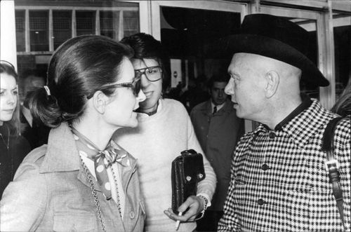 Yul Brynner with his friends.