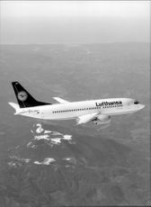 One of Lufthansa's Boeing 737-300 in the air.