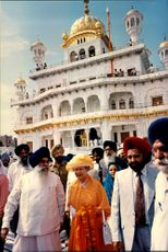 """Queen Elizabeth visited the Sikh's holy city and """"Temple of Gold"""" during his state visit in India."""