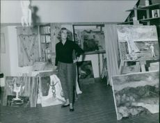 Cayetana Fitz-James Stuart, Duchess of Alba surrounded by paintings. November 11, 1960.