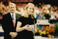 Steffi Graf agrees to receive a prize for his win in the WTA Tour