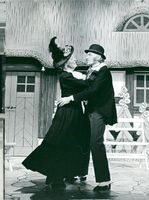"Berit Carlberg and Nils Poppe in ""Hurra, ein Junge"""