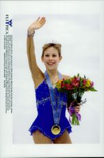 Winter Olympics in Nagano 1998. Figure skating. Tara Lipinsky waves to the audience after taking gold