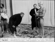 The swimmer Per Johansson finished after 4 x 100 m together with Pelle Holmertz and Pelle Wikström