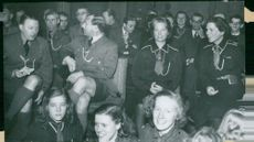 Scout movement in the blue hall Prince Gustaf Adolf with Princess Sibylla