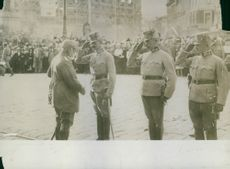 King Ludwig III and the Austrian General Eduard von Böhm-Ermolli to Mari square (Mickiewicz) after liberation from Russian troops, 1915.
