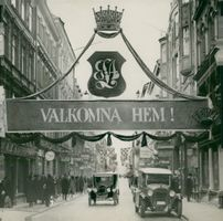 Swedish Crown Prince Couple Gustaf VI Adolf and Louise Mountbatten's Trip to the United States and Japan in 1926. Crown Prince's welcome shelter on Drottninggatan.