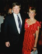 Portrait image of Gunnar Larsson and his wife at SOK's Olympics ball.