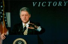 Bill Clinton taalar vid National Convention