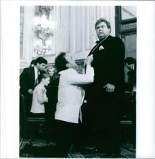 James Belushi and John Candy in the film Once Upon a Crime, 1992.