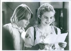 Still from the film My Girl 2 with Austin O'Brien and Anna Chlumsky, 1994.