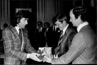 King Carl XVI Gustaf handed over the Tennis Association's gift to the tennis player Ilie Nastase at Stockholm Castle