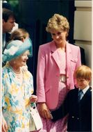 Queen Elizabeth, the Queen Mother celebrates her 92-th birthday of Princess Diana and Prince Harry