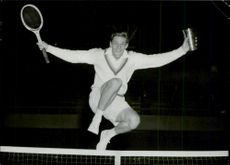 Tennis: The king's pitcher was taken home by Ulf Schmidt, who poses in the victory jump with the top of the rack