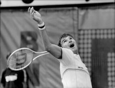 Jimmy Connors in action against Won Pop in Roland Garros, French open
