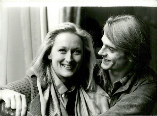"""Actors Meryl Streep and Jeremy Irons in London premiere of the movie """"The French Lieutenant's Woman"""""""