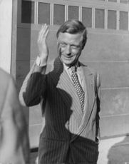 Duke Edward of Windsor waves goodbye to many admirers and friends as he and Duchess Wallis depart from Miami.  - 1941
