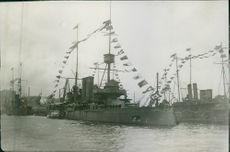A huge ship in the port during World War I, 1914.