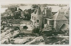 The French island as Charles Lindbergh bought