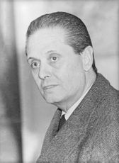 Amadeo Frugoli in a portrait.