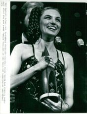 Crystal Gayle won the Female Vocalist at Country Music Awards