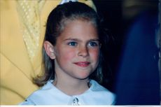 Portrait of the 9-year-old Princess Madeleine.