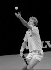Dan Goldie serves during a match in Stockholm Open 1989