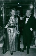 Melina Mercouri with Jules Dassin during an event, 1970.
