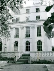 A photo of a white building.