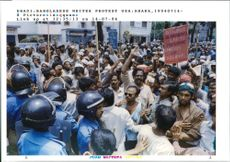 Bangladesh writer protest.