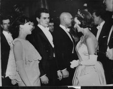 Leslie Caron with Yul Brynner and Pat Boone.