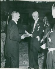 Gerhard Domagk receives the award of King Gustav V