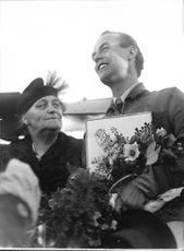 Atlantic airman Björkvall and his mother after arriving at Bromma airport - 14 October 1936