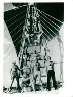 Thor Heyerdahl with crew on the ship Tigris