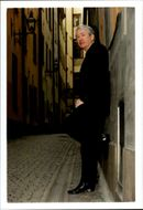 Irish writer Frank McCourt on a street in the Old Town