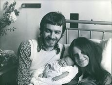 Sandie Shaw and Jeff Banks with their newborn daughter Gracie.