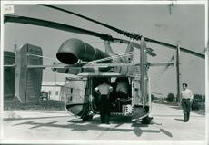 """AMERICAN AIR FORCE """"HUSKY"""" HELICOPTER DROPS-IN AT YARMOUT HELIPORTS."""