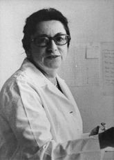 Dr. Anne-Marie Fritsch in a portrait.
