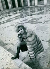 Susan Hampshire in fur coat.