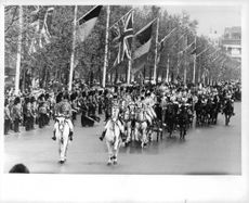 Queen Elizabeth II's Belgian Royal Visit to London This ceremonial procession travels down Pall Hall to Buckingham Palace