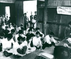 Education of f.d. soldiers in the South Vietnam Army
