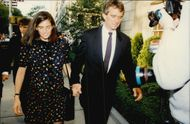 Robert Kennedy Jr. together with his pregnant wife arrives at the vacancy for Jacquelin Kennedy Onassis