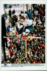 Jonny Moseley, USA, during the final in freestyle skiing, at the Winter Olympics in 1998.