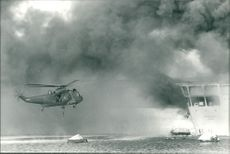 Falklands - Royal Navy Sea King rescue