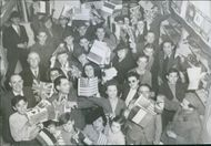 Algiers residents cheer fall of Tunis Waving American, British and French flags, residents of Algiers, Algeria, celebrate the fall of Tunis, the capital of Tunisia, as the Allied campaign to crush the Axis in North Africa came to a victorious close.