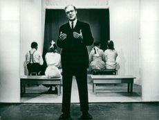 Theater Foreign Guest Games 1975-1976